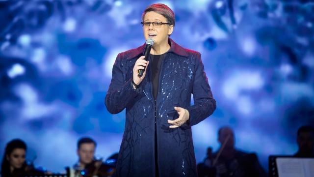 FUEGO aplaudat la scenă deschisă într-un concert sold out la SALA PALATULUI